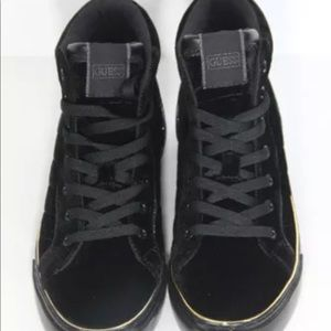 NIB Guess High Top Fashion Sneakers Velvet sz 8.5M